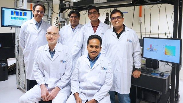 NUS 2d materials research team