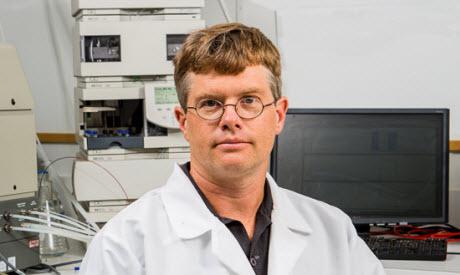 Dr. Noel Palmer