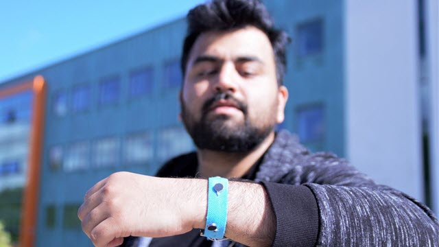 Smart Materials Wrist Band