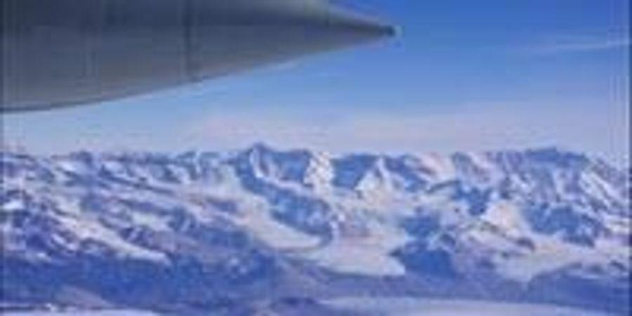 Study Uncovers Surprising Melting Patterns beneath Antarctica's Ross Ice Shelf