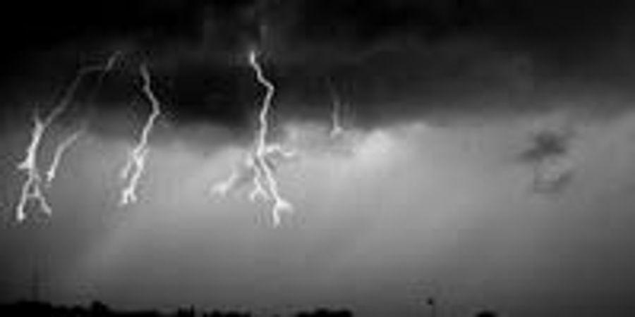 Unusual Phenomenon in Clouds Triggers Lightning Flash