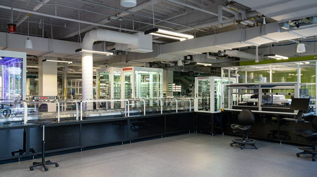 The Lilly Life Sciences Studio lab