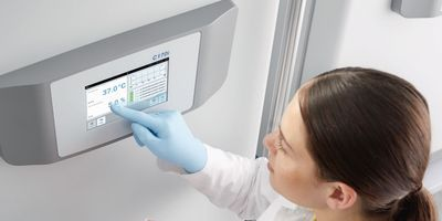 CO2 Incubators and the Hidden Costs of Cell Culture