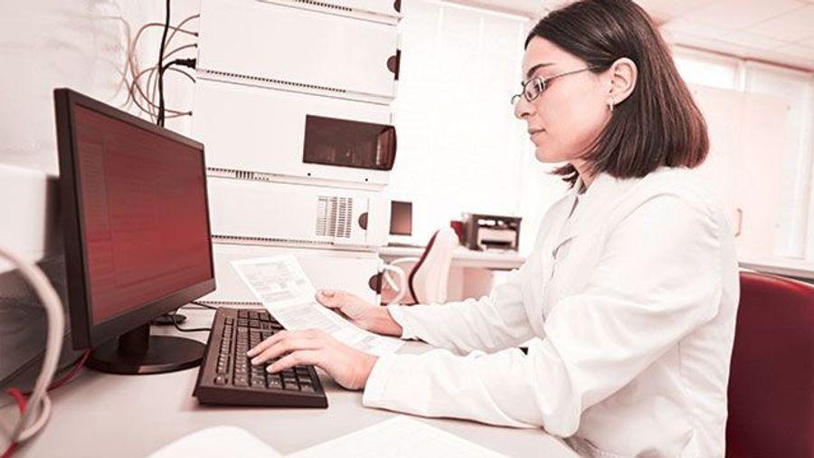 Chromatography Data Systems: User-Friendly Chromatography