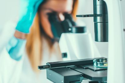 How to Become a Medical Laboratory Scientist or Technician