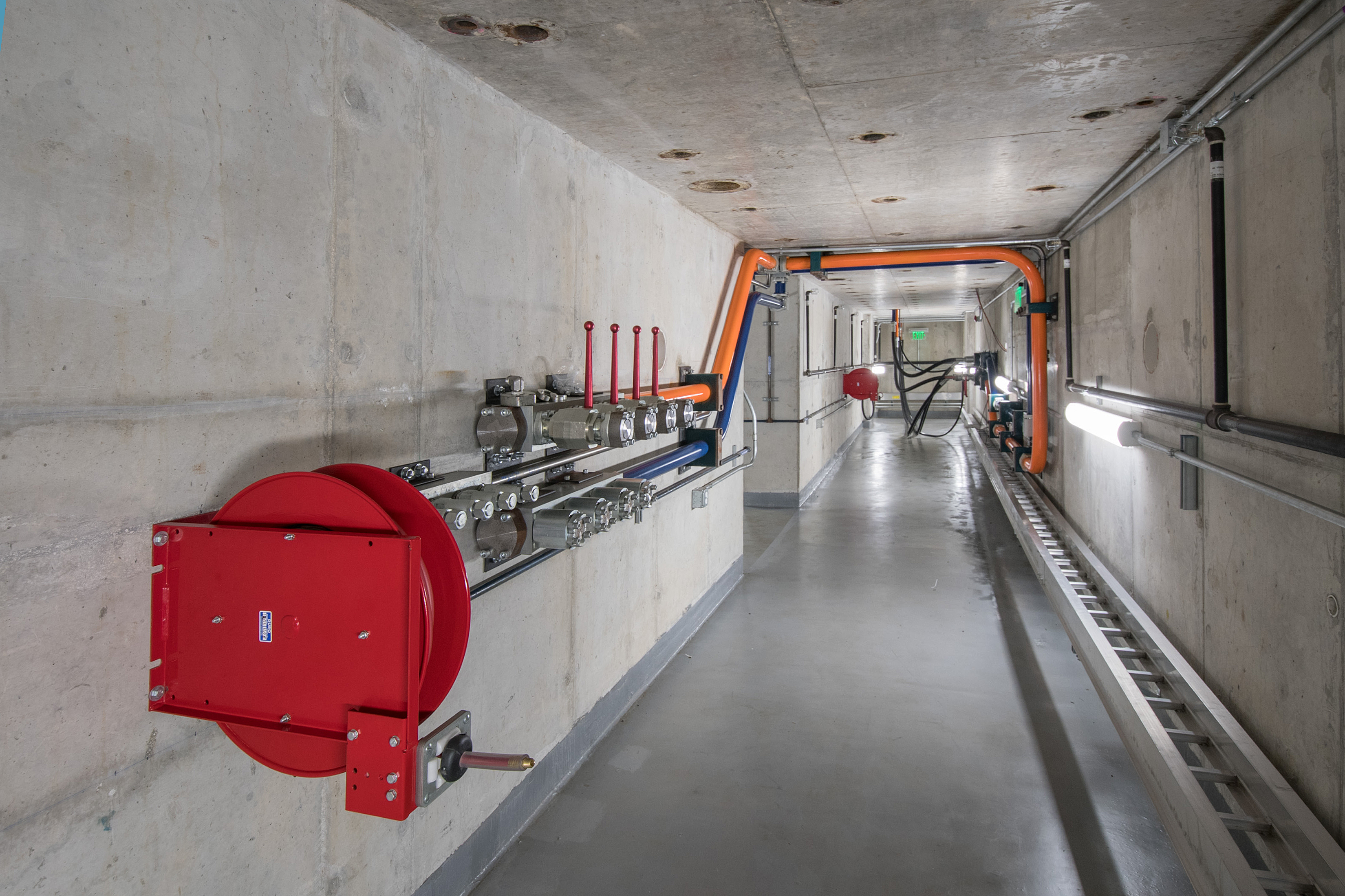 The underground facilities of the Large-Scale Testing Laboratory