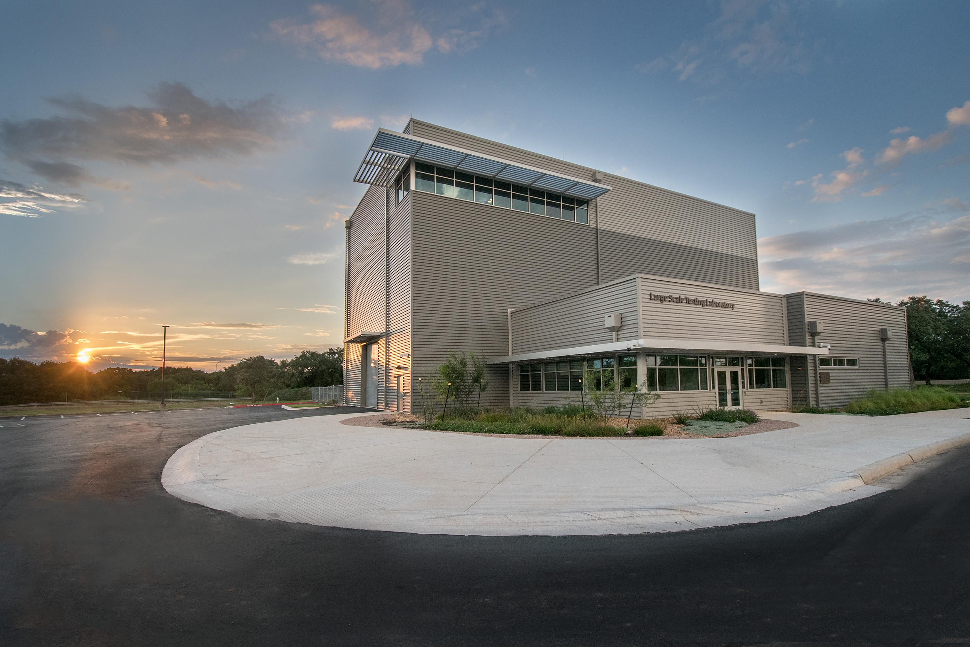 UTSA's Large-Scale Testing Laboratory