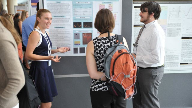 SEA-PHAGES Students Presenting Their Work