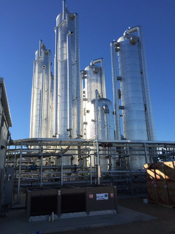 Distilling bio-methane