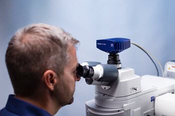 new microscope cameras ZEISS Axiocam 705 color and 712 color