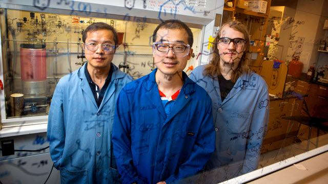Chemists use electricity to amp up drug manufacturing
