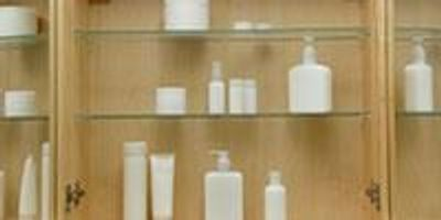 Cosmetic Complaints Climb but Products Still on Market