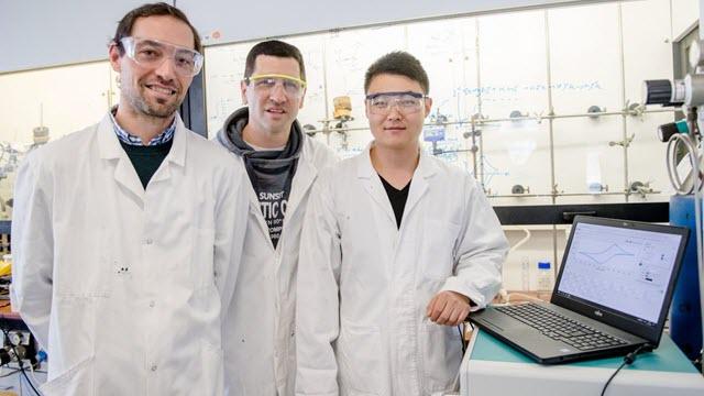 Nicolas Plumeré, Darren Buesen and Li Huaiguang, Ruhr-University Bochum