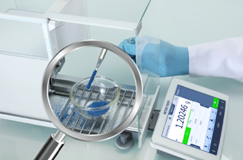 METTLER TOLEDO XPR Analytical balance with SmartGrid & SmartPan technology