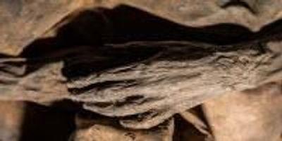 Child Mummy Offers Revised History of Smallpox