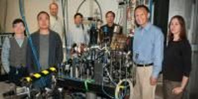 """Ultrafast Imaging Reveals Existence of """"Polarons"""""""