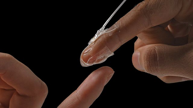 Soft Artificial Skin on Fingers