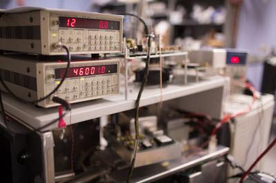modified orbitrap mass spectrometer