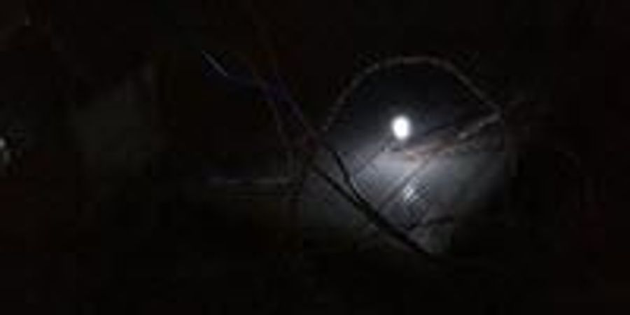 Device Generates Light from the Cold Night Sky